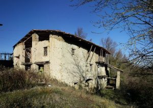 Rustic house in Murazzano